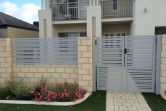 DOUBLE-SLAT-GATE-WINDSPRAY1