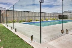 FRAMELESS-GLASS-POOL-FENCING1