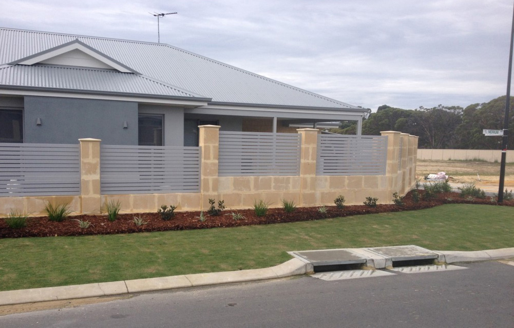 Why Aluminium is a Great Choice for Residential Fencing